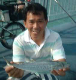 whenfish20hungry20mackeral110205